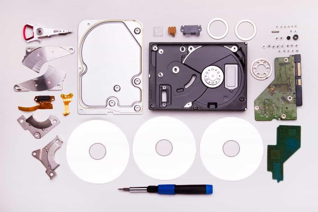 Festplatte mit Datenverlust, meißt dursch Stoßschäden kann professionell repariert werden